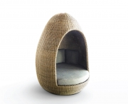 EGG DAYBED
